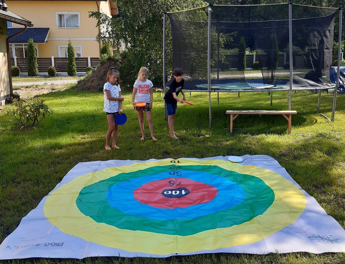 Frisbee Darts (3x3m or 2x2m)