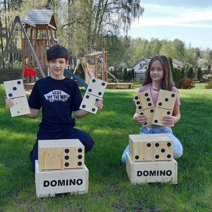 Lielais domino. Dārza domino. Spēles kāzās. Izklaide un atpūta.