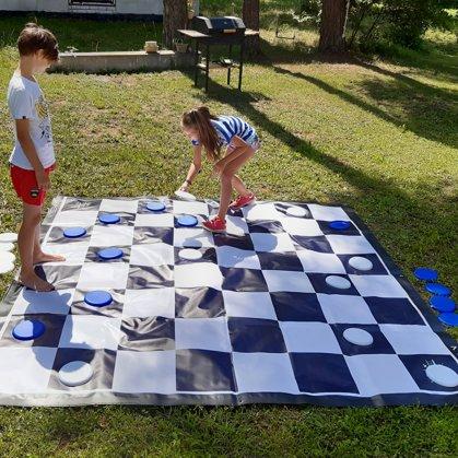 Шашки. Большие шашки. Аренда игр. Свадебные игры. Игры для детей на свадьбе.